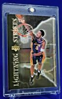 KOBE BRYANT UPPER DECK LIGHTNING STRIKES SP GOLD HOLOFOIL LAKERS MAMBA