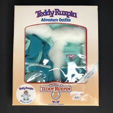 New Teddy Ruxpin World of Wonder Adventure Turquoise Green White Winter Outfit