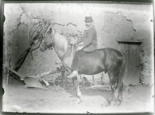PLAQUE photographique négatif verre HOMME a CHEVAL CAVALIER  fin XIXè 13x19