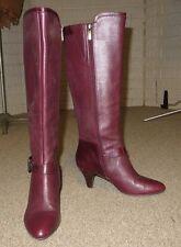 Circa Joan & David Luxe 8 M Burgundy merlot wine Boots CARITA