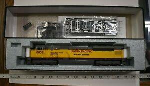 Lot 6-21 * HO Scale Kato 37-6359, EMD SD90/43MAC, Union Pacific #8059