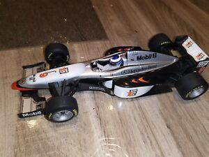 F1 McLAREN MERCEDES 1997 MP4/12 HAKKINEN 1/18 MINICHAMPS formule 1