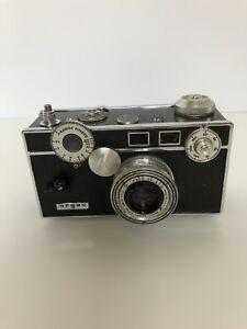 Argus C3 50 mm Camera -Vintage