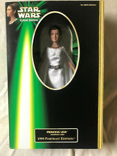 1999 CARRIE FISHER PRINCESS LEIA STAR WARS COLLECTOR DOLL HASBRO #61772