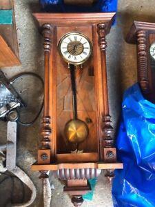 10 antique clocks