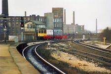 PHOTO  1989 STALYBRIDGE SIGNALBOX 1989 THE STALYBRIDGE-STOCKPORT SHUTTLE TRAIN R