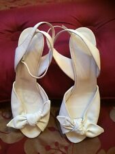 Hobbs White Leather Sandals Size 38 (5) VGC