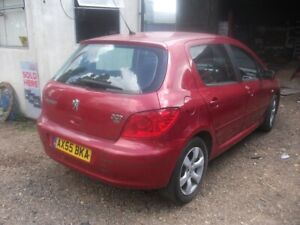 Peugeot 307 Mk1 Facelift 2005 1.6 HDi Red BREAKING - O/S DRIVERS SIDE REAR LIGHT
