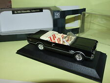 OLDSMOBILE CUTLASS 4-4-2 1966 Noir  NEW RAY