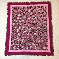 "Black Pink Floral Hexagon Wall Hanging Quilt 23.5"" x 28.5"""