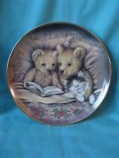 Bedtime Story by Sue Willis decorative plate, teddy cat Franklin Mint porcelain