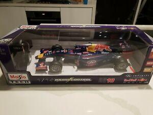 Maisto RB10 Infiniti Red Bull Racing R/C 1/14 Daniel Ricciardo Sebastian Vettel