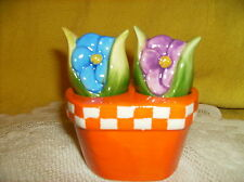 3PC CERAMIC FLOWER SALT & PEPPER WITH BASKET HOLDER S & P  NEW in box SEE PIC>>>