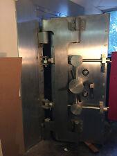 AHERN SAFE BANK VAULT DOOR BUILT BY DIEBOLD~FREE FREIGHT