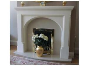 F16 Gothic Arch Fire Surround in Plaster - BIRMINGHAM COLLECTION ONLY