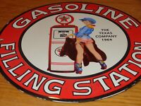 "VINTAGE 1964 TEXACO GASOLINE COWGIRL WOMAN W/ PUMP 10"" PORCELAIN METAL OIL SIGN!"