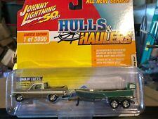 1/64 JOHNNY LIGHTNING HULLS & HAULERS 1965 FORD RANCHERO & FISHING BOAT GOLD