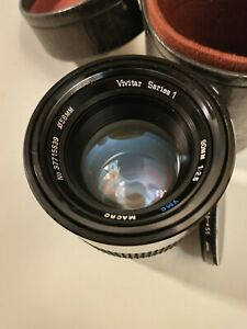 Vivitar series 1 90mm F2.5 Macro lens for Canon FD