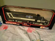 Racing Champions 1992 # 1 Rick Mast Die-cast Cab Tractor Trailer Transporter 1:6
