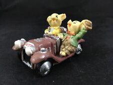 Pigs in Car Figurine Carbomboniere Mini Piggy Figure Collectible Corvette Pigs