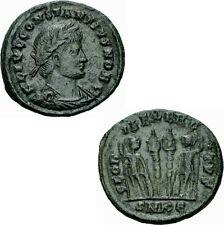 Constantius II Follis Cyzicus 331/333-334 GLORIA EXERCITVS Soldaten RIC 84 - r³