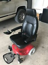 "Shoprider , red & black, 300lb weight limit, 10 mile battery range, 19"" seat"