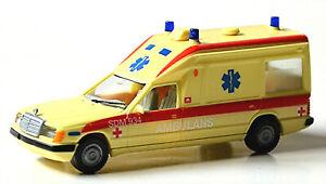Mercedes Benz 230E Miesen KTW W124 Ambulans Schweden 1:87 Herpa 042192