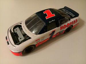 RACING CHAMPIONS 1996 RICK MAST #1 PONTIAC GRAND PRIX HOOTERS NASCAR 1:18
