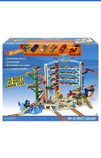 HOT WHEELS Ultimate Garage Play Set Inc 6 véhicules Brand New Boxed