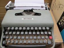 Machine à écrire Olivetti Lettera 22