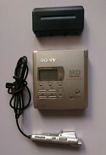 Sony MZ-R55 Personal MiniDisc Player plus 12 mini discs Free D