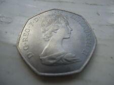 Queen Elizabeth 1973 CEE anillo de manos 50P moneda