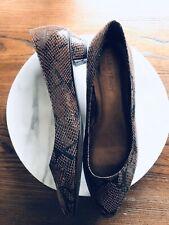 Ellen Tracy Brown Faux Croc Derrick Flats Size 8.5