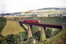 PHOTO  1964 DIESEL CARS NOS. 19 AND 20 ON GLEN WYLLIN VIADUCT THE EX-COUNTY DONE