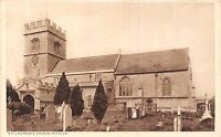 POSTCARD   BUCKINGHAMSHIRE    WINSLOW   St  Laurence  Church