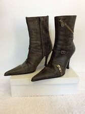 PLAYBOY GREY PLEATED ANKLE BOOTS SIZE 8/41