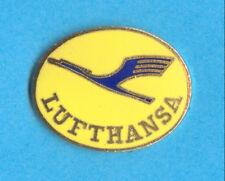 Deutsche LUFTHANSA Airlines Crew LOGO Enamel Old Badge