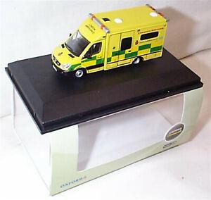 Oxford Diecast 76MA002 Mercedes Ambulance London - 1:76 Scale OO Scale New