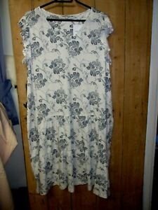 NEXT LADIES  DRESS  WHITE/NAVY PRINT - SIZE 22  - NWT