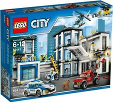 Lego City Police Station Building Toy Set (60141) Building Kit 894 Pcs