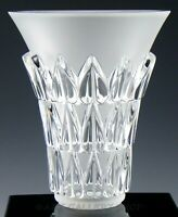 "Lalique France Crystal 7-1/4"" FEUILLES VASE WITH HEART SHAPED LEAVES Mint"