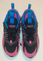 Nike Air Max #BQ100-001 Girls Youth Size 1 7C Athletic Shoes Black and Blue