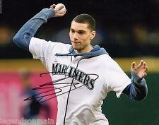 Zach LaVine Minnesota Timberwolves Signed 8x10 Photo LOM COA z26