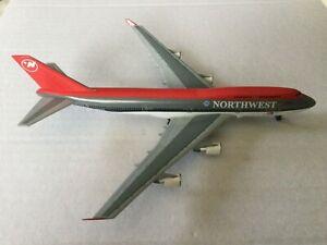 DragonWings  Northwest  B747-400  N665US  55074  1:400 Scale Diecast Model