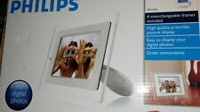 """Philips 7FF1M4 7"""" Digital Picture Frame White,Red,Black,Gray."""