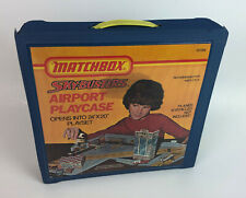 MATCHBOX SKY-BUSTERS AIRPORT PLAYCASE 1975 Lesney