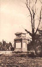 STOKE POGES BUCKINGHAMSHIRE UK PENN'S MONUMENT TO POET THOMAS GRAY POSTCARD 1920