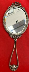 Très beau Miroir Face à main ancien en métal argenté STYLE lOUIS XVI 23 cm 341b0