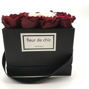Luxuriöse Blumenbox, Rosenbox mit konservierten Rosen, Infinity-Rosen, Geschenk