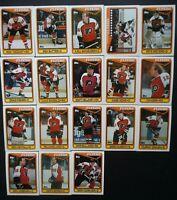 1990-91 Topps Philadelphia Flyers Team Set of 18 Hockey Cards